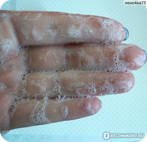 Что может быть лучше натурального мыла ручной работы? Только натуральное мыло-пилинг. Очищение, пилинг, питание и никакой сухости.